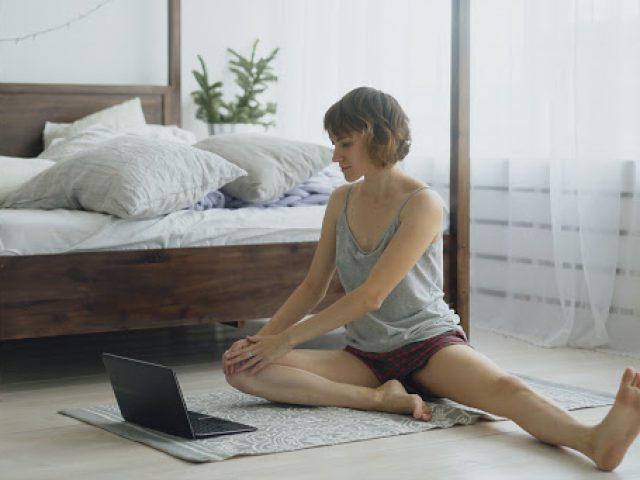 Incontri di Yoga Giardino Liberato in diretta Facebook